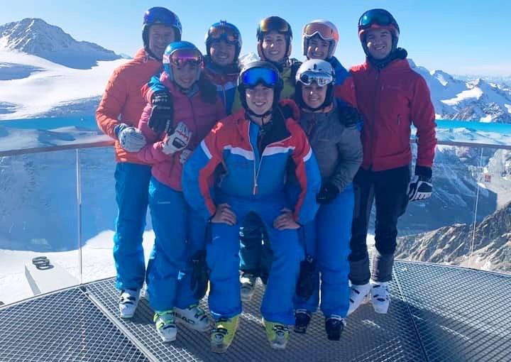 IMG_5115_Team2019_okt_SkiSchule